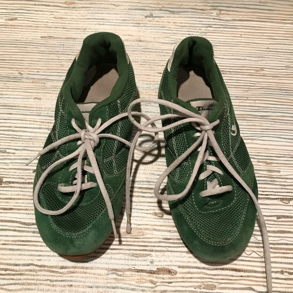 f1be2b8cd64 Champion Shoes - Champion 90s green sneakers size 8